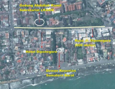 "Ruas jalan Diponegoro sepanjang 600 meter ini setiap malamnya transaksi prostitusi bermula. Dengan perantaraan ""taxi-taxi biru"" paling tidak selama 10 tahun ini keberadaan psk tetap ada. Perlukah lembaga-lembaga yang ada mengajukan surat teguran pada perusahan taxi tersebut?"